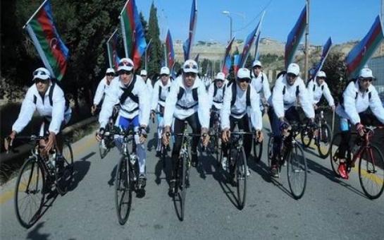 """Sumqayıtda """"Sürəti azalt, ömrünü uzat!"""" veloyürüşü keçirilib   - FOTO"""